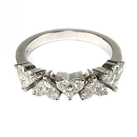 """Toi Et Moi"" white gold heart diamond ring"