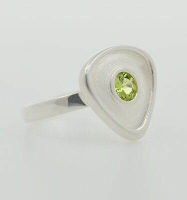 Rionore Sterling silver green peridot gemstone ring