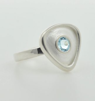 Rionore Sterling silver sky blue topaz gemstone ring